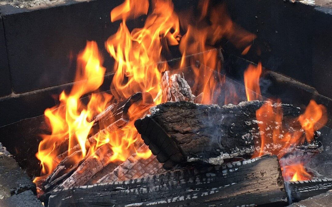 5 Tips for Outdoor Fire Pit Safety